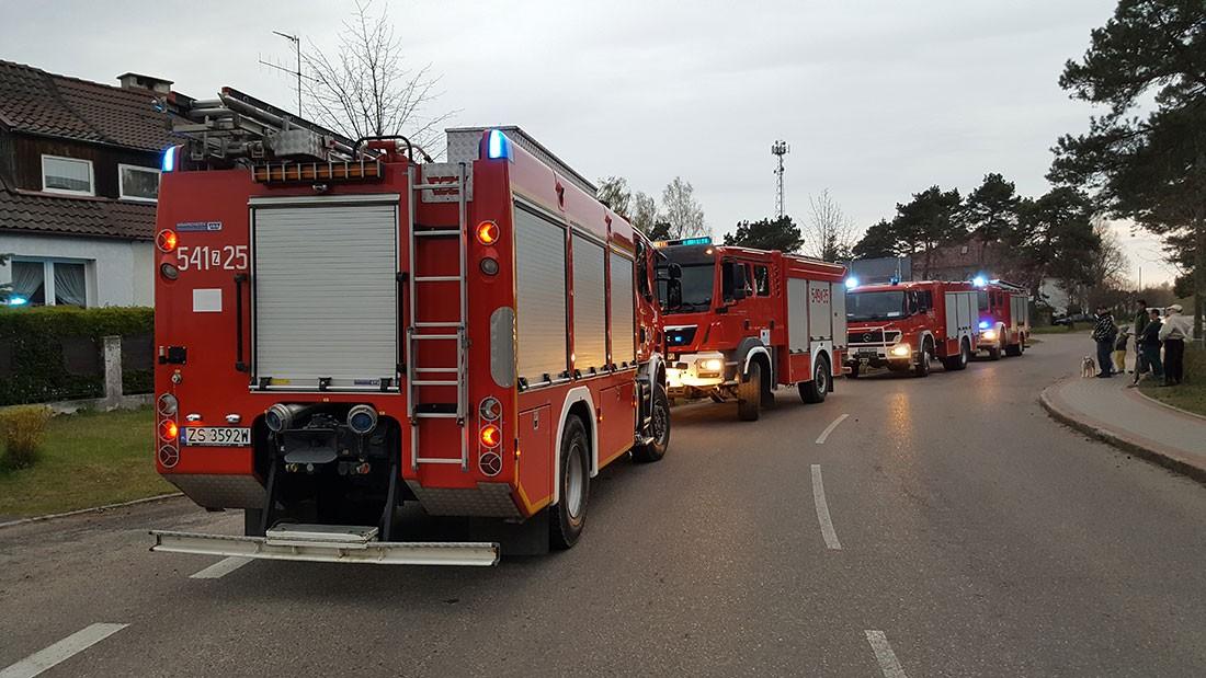 Wypadki drogowe , Zamiast pożaru dużo - zdjęcie, fotografia
