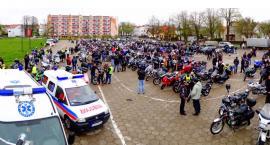Blisko 1000 maszyn na Placu Kamińskiego! Tak motocykliści rozpoczęli sezon w Szczecinku