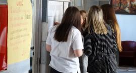 Gimnazjaliści poznali wyniki egzaminu. Które szkoły w Szczecinku wypadły najlepiej?