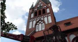 Są kolejne pieniądze na wieżę dużego kościoła