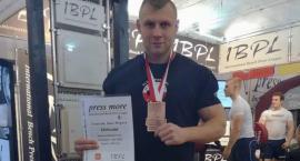 Szymon Podolańczyk, siłacz ze Szczecinka, na podium w Łodzi