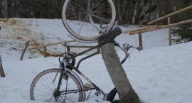 Śnieg, rower i alkohol. Rowerzystka miała 4 promile!