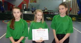 Młode tenisistki z Parsęcka awansują do zawodów wojewódzkich