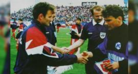 Grał w Wielimiu, później sięgał po Puchar Polski z Amicą Wronki. Kariera Zbigniewa Małachowskiego