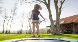 Rodzaje trampolin - jak wybrać dobry model?