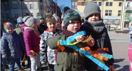 Przedszkolaki ze Szczecinka z radością przywitały wiosnę