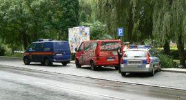 Kolizja koło kościoła – uderzył w radiowóz Straży Miejskiej