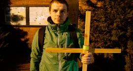 Ekstremalna Droga Krzyżowa po raz drugi w Szczecinku. 40 km nocnego marszu w ciszy