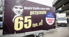 Konwój Wstydu w Szczecinku. Politycy PO zaprezentują billboardy z nagrodami dla PiS