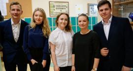Maturę 2018 czas zacząć! Licealiści w Szczecinku stawiają na Adama Mickiewicza