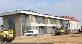 Kronospan buduje centrum
