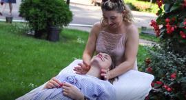 Darmowy masaż leczniczy, zabawa i kwesta. Piknik Centrum Rehabilitacji SM z Bornego - w Szczecinku