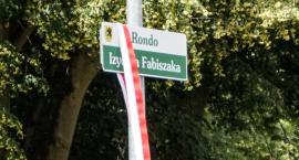 Profesor Izydor Fabiszak ma w Szczecinku swoje rondo. Tablica już odsłonięta