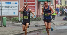 Udany start biegaczy ze Szczecinka w Przechlewie