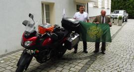 Na 100-lecie Niepodległości leśnik z RDLP Szczecinek jedzie wokół Polski na motorze