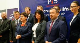 Beata Szydło ogłasza Joannę Pawłowicz. Spotkania z mieszkańcami nie było, PGK kosił trawę