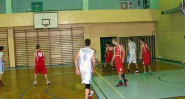 Kotwica 50 Kołobrzeg -  Basket Szczecinek  36 : 65