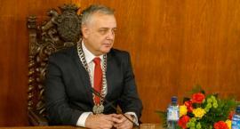 Ciągłość władzy - zachowana. Pierwsza sesja nowej Rady Miasta Szczecinek, przysięga burmistrza