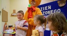 Dzień Pluszowego Misia w Szczecinku. Świętowały też przedszkolaki z