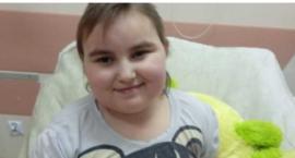 Świąteczne marzenie Karoliny: Żeby rodzice mieli pieniądze na jej lekarstwo