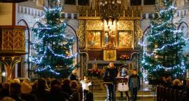I Rodzinne Śpiewanie Kolęd w parafii mariackiej w Szczecinku