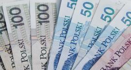 Ile zarabia nauczyciel, a ile dyrektor szkoły? Przykładowe zarobki w Szczecinku