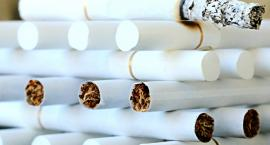 Kioskarka sprzedawała nieletniemu papierosy na sztuki