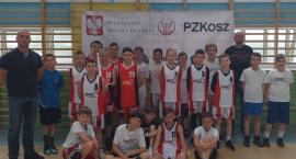 Koszykarze Emet ze zwycięstwami w Czarnem