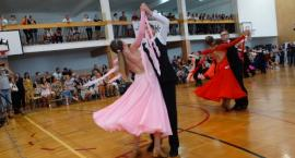 Po raz kolejny tańczyli o koszyczek truskawek