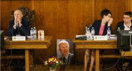 Prawie 100 tysięcy na do widzenia. Tyle otrzymał były burmistrz Szczecinka kończąc pracę