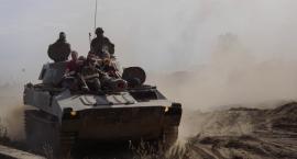 Kurz i ryk ciężkich maszyn. Wystartował XVI Międzynarodowy Zlot Pojazdów Militarnych w Bornem Sulinowie