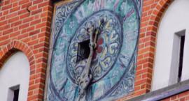 Wielki, stuletni zegar w kościele mariackim odzyska dawny blask? Ruszyła renowacja zabytkowej tarczy