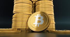 Stracił 120 tysięcy inwestując w bitcoiny. Wpłacał pieniądze na konto firmy - krzaka