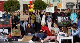 Młodzież jest przejęta klimatem i czystością planety. Protesty także w Szczecinku