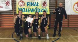 Koszykówka 3x3: Dziewczyny z I LO wicemistrzyniami województwa!