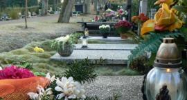 Jak dojechać na cmentarz w Szczecinku? Czytelniczka: Rozkład jazdy praktycznie nie istnieje