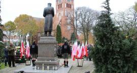 11 listopada w Szczecinku. Wspólne obchody pod pomnikiem marszałka