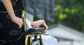 Jak pomóc chorym? W Szczecinku pracownicy służby zdrowia i kapelani wymienili się doświadczeniami