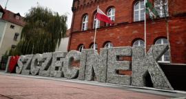 """Napis """"I love Szczecinek"""" wrócił na plac Wolności!"""