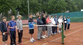 Ruszył tenisowy turniej Serii I kadetek i kadetów