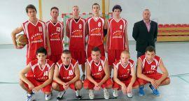 Udana inauguracja juniorów UKS Basket