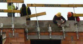 W Szczecinku spada bezrobocie. Mimo kryzysu poszukiwani budowlańcy