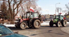 """Traktory przyblokowały """"jedenastkę"""" - rolnicy protestują"""