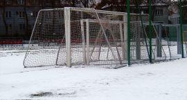 Zima torpeduje rozgrywki piłkarskie