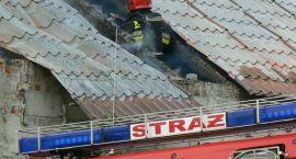 9 pożarów, 3 miejscowe zagrożenia. W ogniu skrzynka energetyczna, stolarnia i magazyn PKP