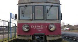 Kolejarze sprzedają pociąg na… Allegro
