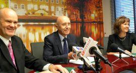 Pół miliarda złotych na likwidację smrodu i pyłów. Porozumienie burmistrza z Kronospanem (posłuchaj)