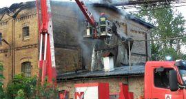 Kominy w ogniu, wypadek i człowiek pod gruzem. Tydzień Straży Pożarnej