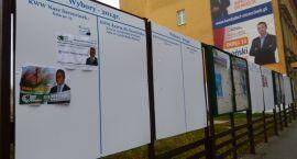 Puste tablice wyborcze, czyli co mają do powiedzenia kandydaci