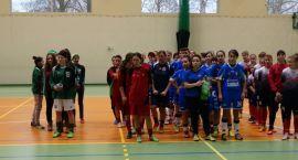 Zespół Darzboru na turnieju Piłki Nożnej Kobiet w Tucholi
